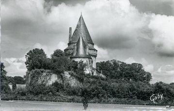 Le Château - La Tour du Pont-Levis